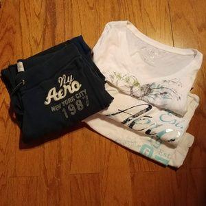 Aeropostale Bundle 3 T Shirts & Blue Sweatpants M